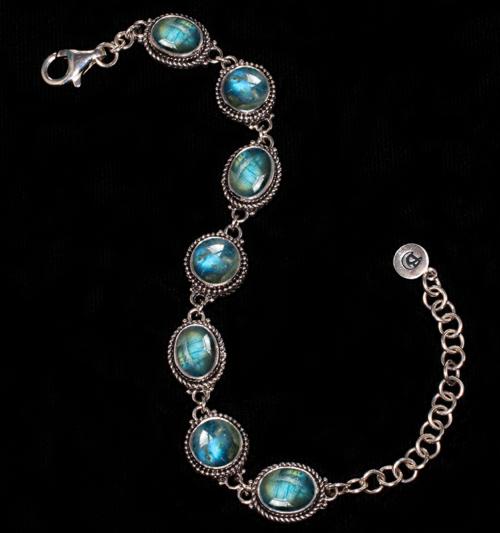 Sterling Silver Labradorite Bracelet handcrafted in Bali