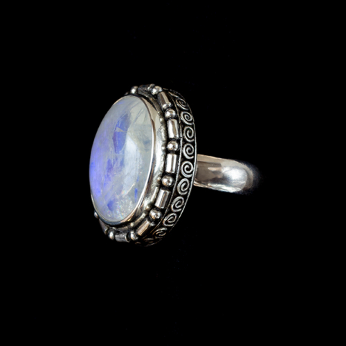 Oval Rainbow Moonstone Ring in Sterling Silver.